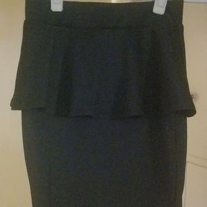 Black mid-thigh length skirt